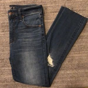 Abercrombie&Fitch high rise ankle jeans
